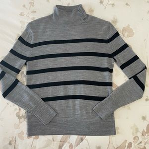 Banana Republic 100% Extrafine Merino Wool Sweater
